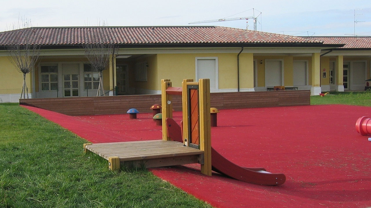 Giardino scuola materna | Marmirolo (MN)