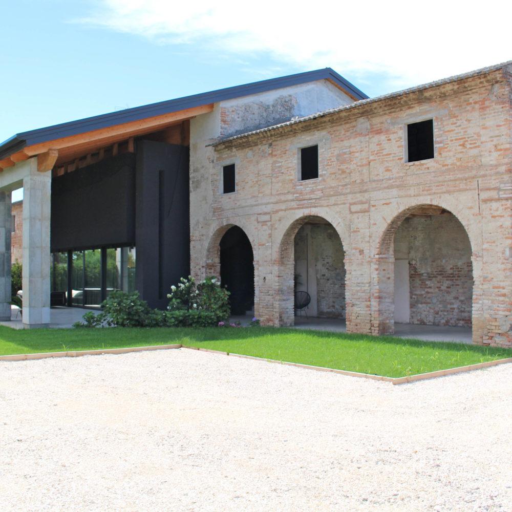Nuova residenza in fabbricato rurale